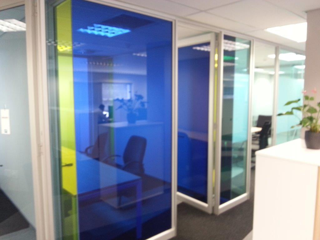 vanceva-colors-pg-south-africa-laminated-glass-head-office-sahara-sun-yellow
