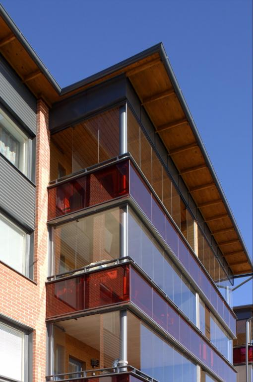 deep-red-balconies-oulu-finland-3