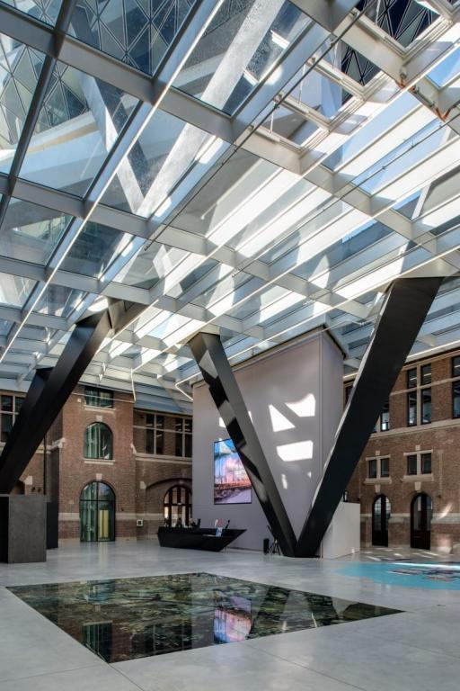 antwerp-havenhuis-saflex-clear-atrium