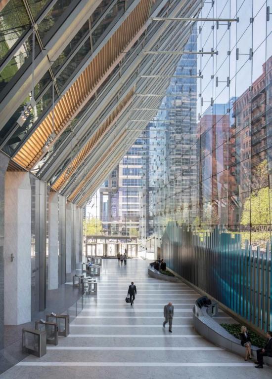 lobby-150-north-riverside-atrium-saflex